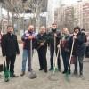 Жители Марьиной Рощи убрали мусор из районного сквера